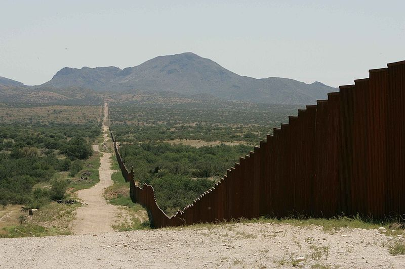 Long Border Fence, Hillebrand Steve